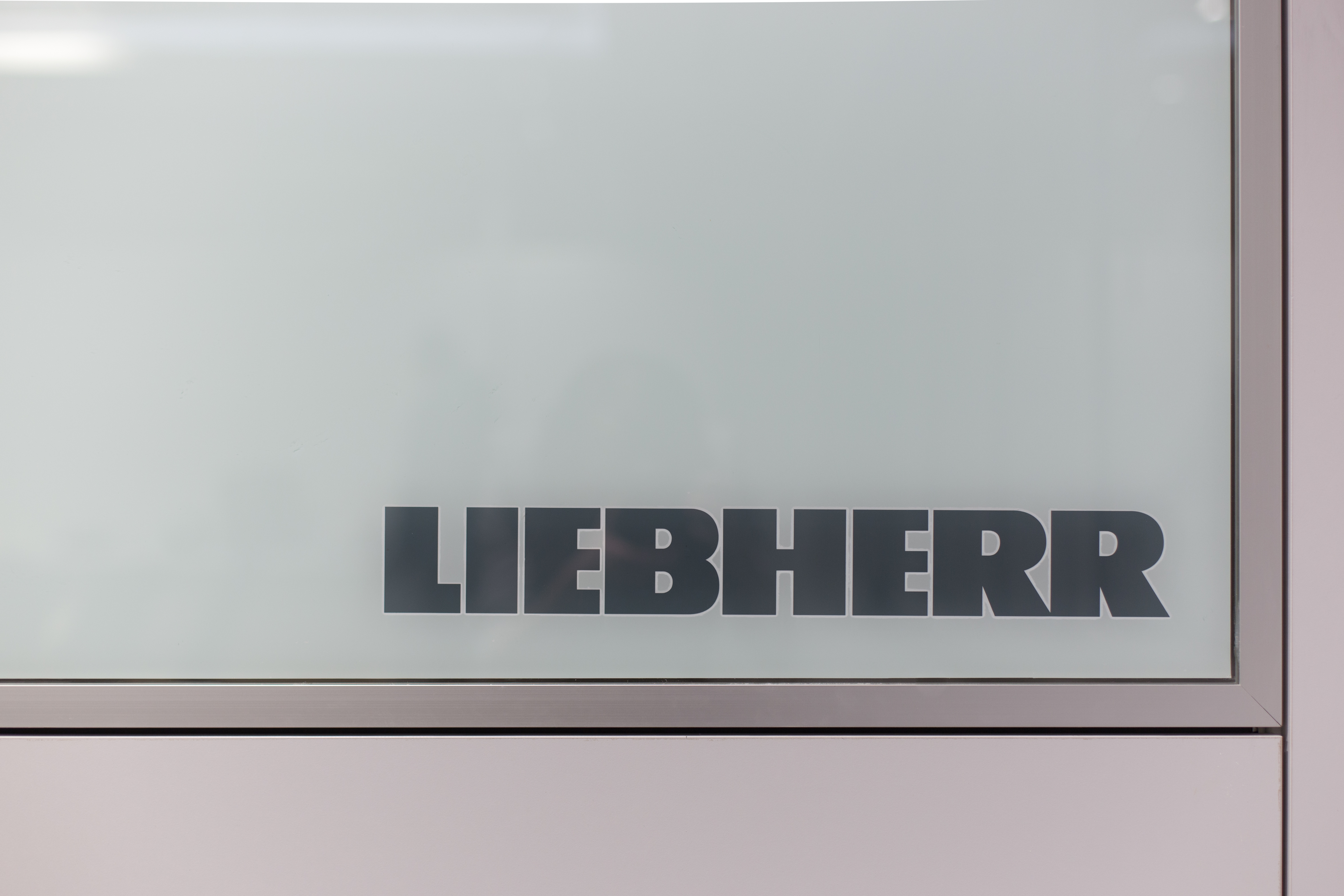 Liebherr Office 25