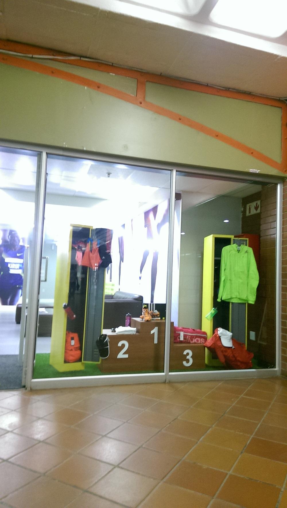 Runner Store 05